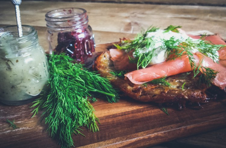 smoked salmon and rosti (1 of 6)
